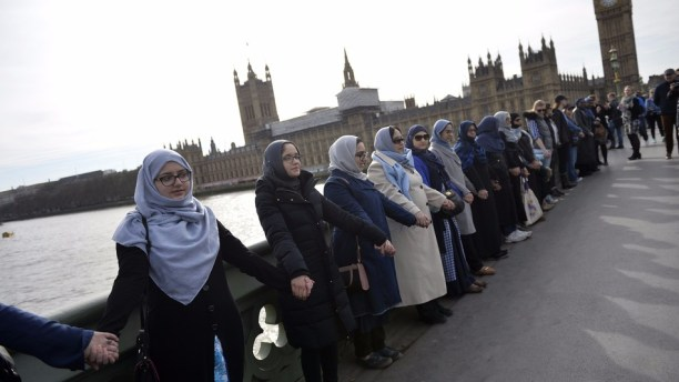 Women gather in London for powerful vigil after Westminster attack